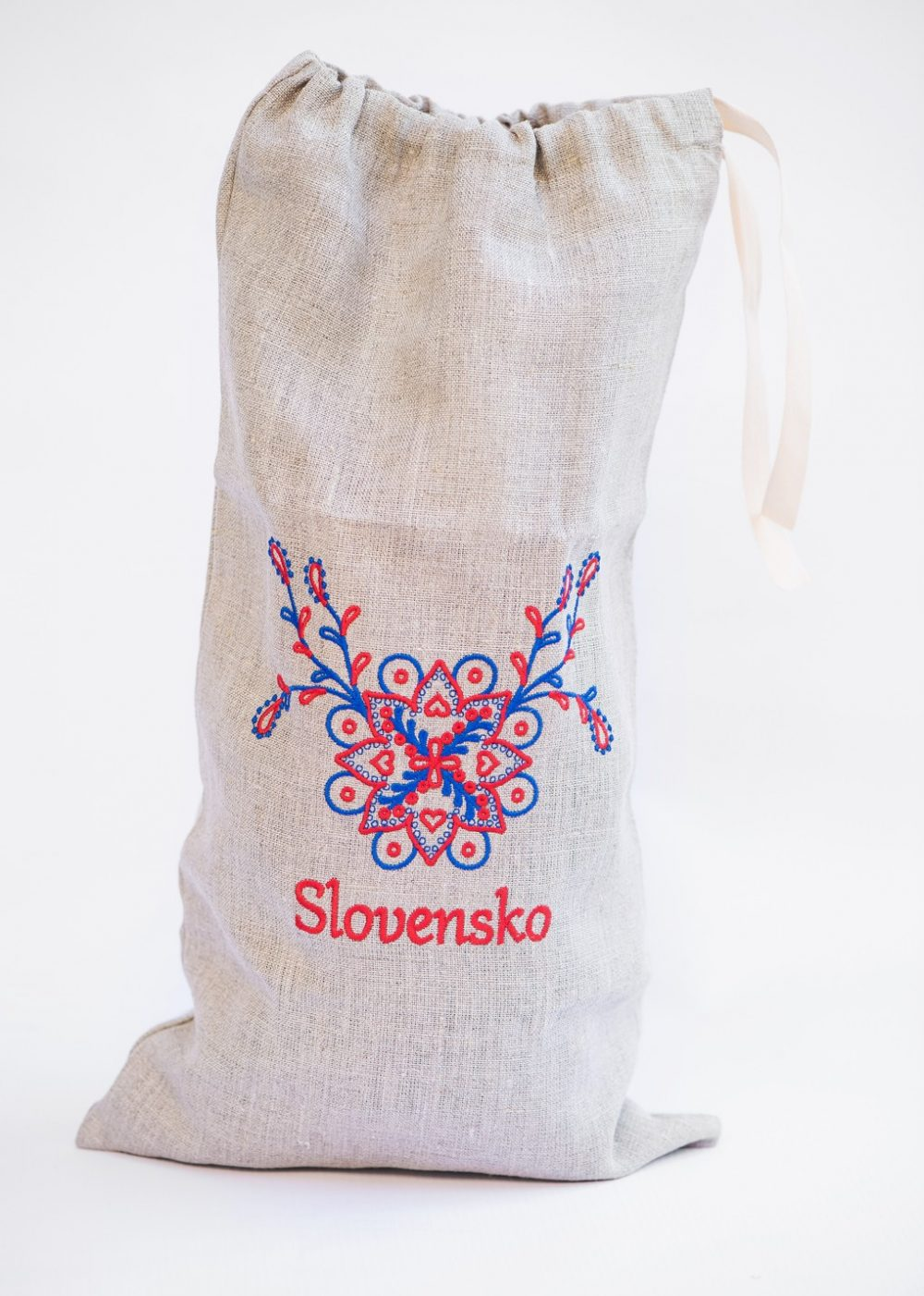 Ľanové vrecko na chlieb s nápisom a vo farbách Slovenska